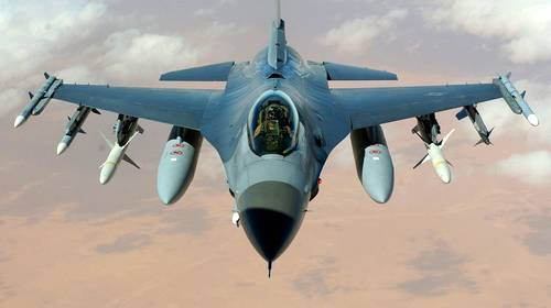 f16 military jet aircraft